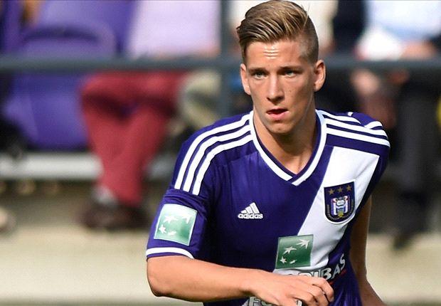 """Pedullà: """"La Fiorentina vuole Dennis Praet""""… e si scatena il putiferio."""