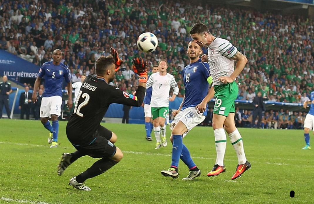 Difesa: il nuovo obiettivo da Euro 2016 è un terzino. Gli altri nomi…