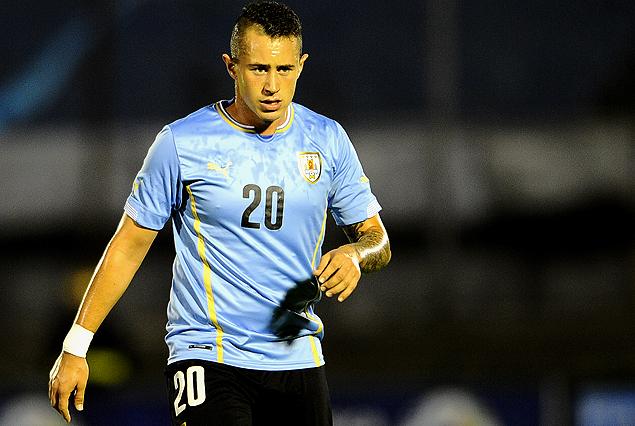 Sky-Gazzetta: due attaccanti uruguaiani per la Fiorentina? Corvino…