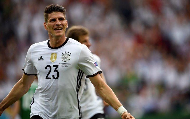 Mario Gomez addio Fiorentina, il centravanti tedesco è vicinissimo al Wolfsburg