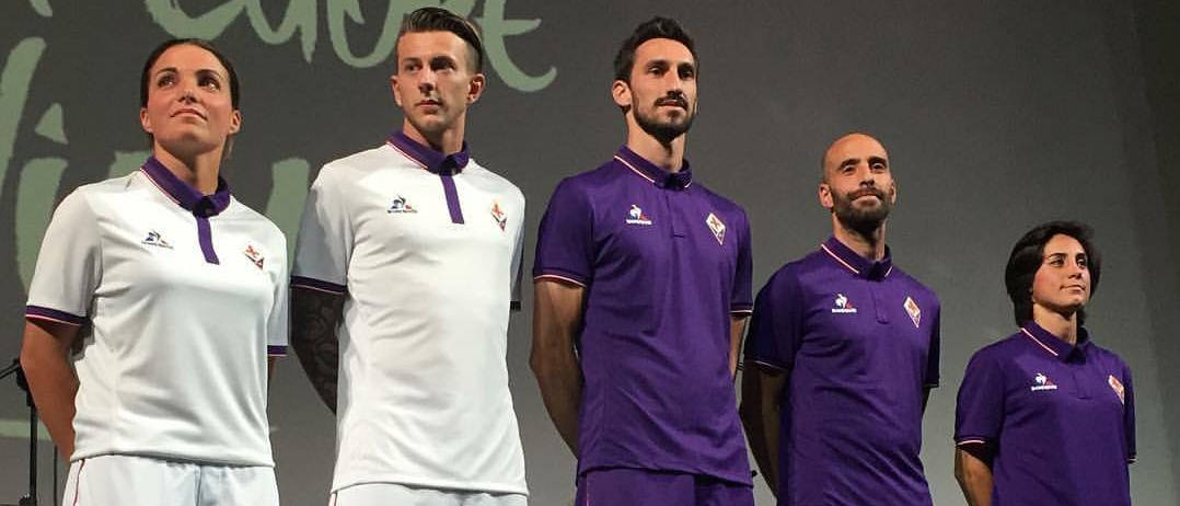 La Nazione: terza maglia con i colori del calcio storico e torna lo scollo a V