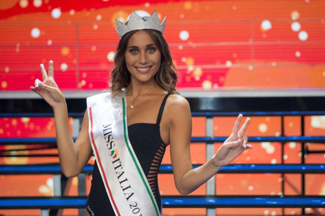 Miss Italia 2016 è tifosa della Fiorentina, grande festa per la proclamazione della studentessa viola