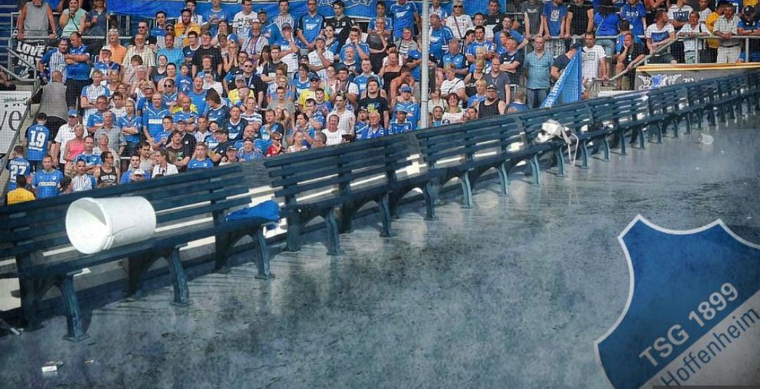Secchi di letame contro i tifosi dell'Hoffenheim in trasferta. Presidente furibondo