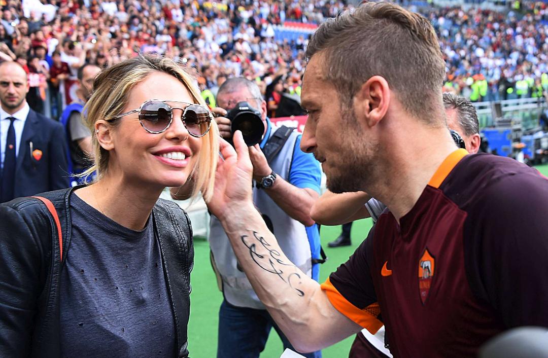 """Totti difende la Blasi: """"Ha parlato così perché mi ama. Con Pallotta e Spalletti rapporto perfetto"""""""