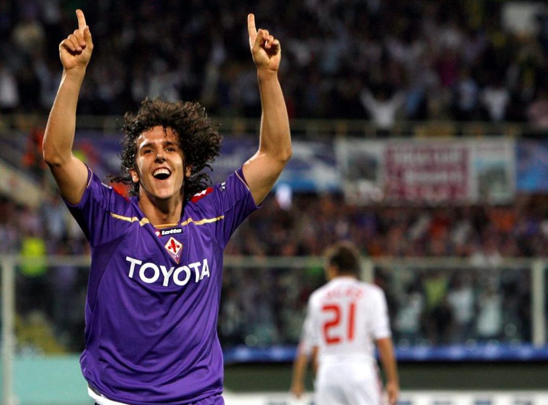 Sette anni fa la Fiorentina umiliava il Liverpool. Riviviamo quella notte fantastica, una notte da leoni viola