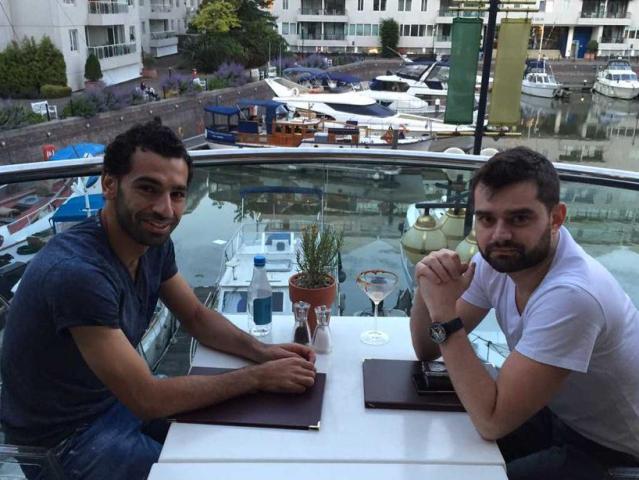"""Il procuratore di Salah irride la Fiorentina su Twitter: """"Forza Roma tick tock tick tock"""""""