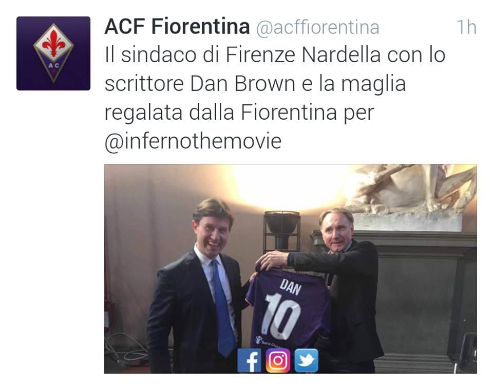 Anche Dan Brown tifa Fiorentina: maglia numero 10 per lui