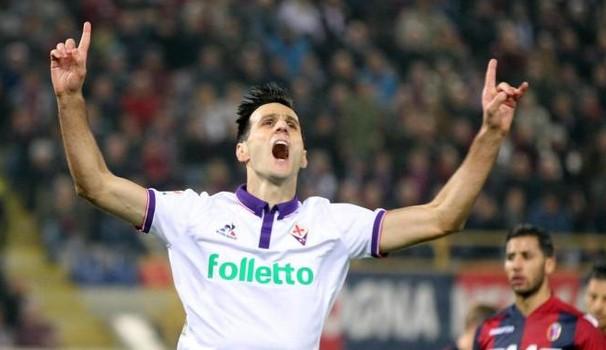 Prima Ilicic poi ancora Kalinic e la Fiorentina è avanti (2-0) all'intervallo