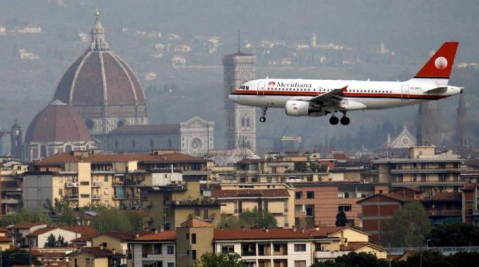"""Amato: """"Cittadella viola incompatibile con aeroporto, scelgano i fiorentini"""""""