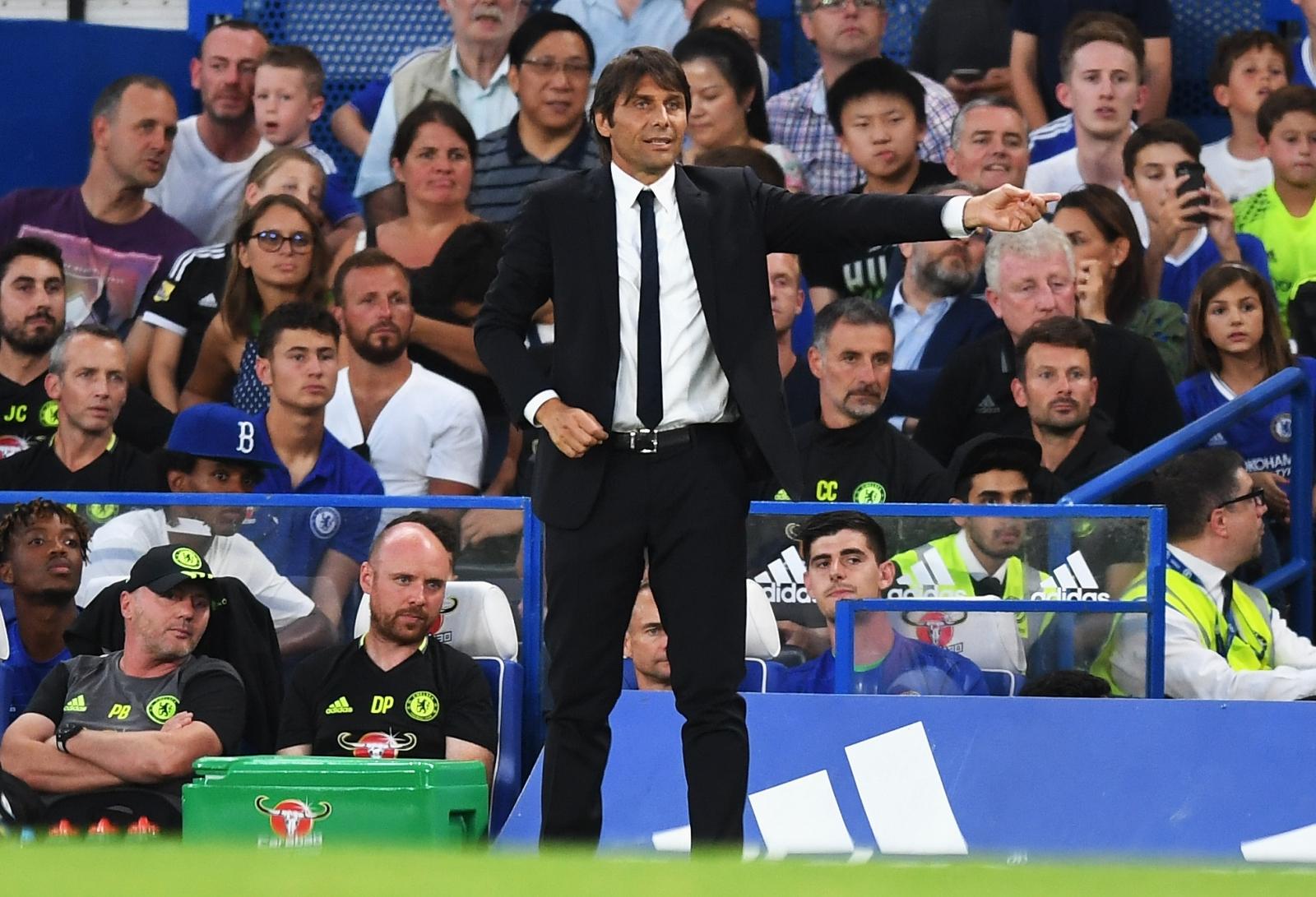 Il Chelsea giocherà contro il Manchester City con il lutto al braccio