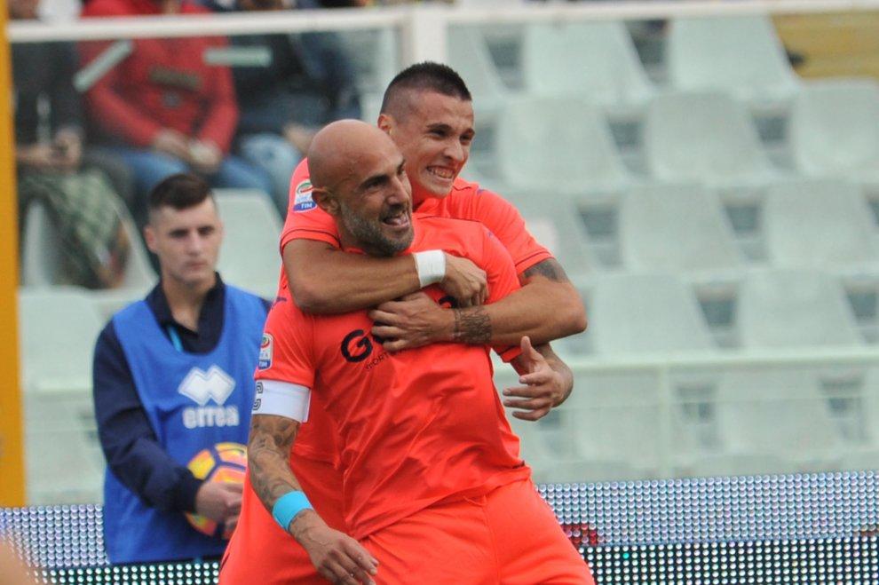 L'Empoli sente odore di Fiorentina e si sveglia. 0-4 al Pescara. Maccarone e Saponara show, bene Pasqual