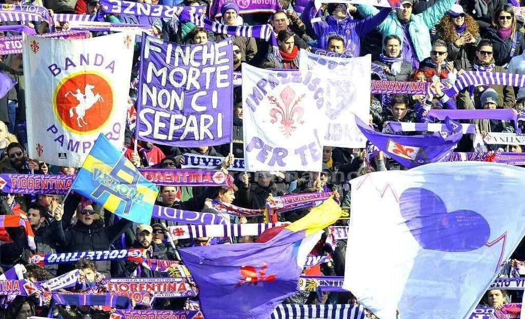 Tifosi viola presenti in tutti i settori dello stadio. Pochi i tifosi dell'Empoli che hanno comprato il biglietto