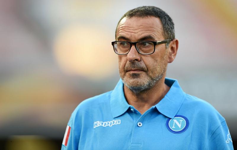 """Uno a uno tra Napoli e Lazio. Sarri: """"li abbiamo presi a pallonate"""" e lancia una frecciata a DeLa…"""
