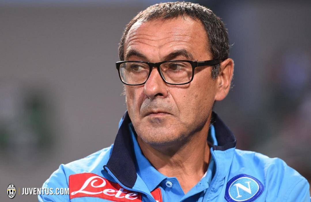 Da Napoli confermano, Sarri verso la Fiorentina in caso di addio. De Laurentiis sceglie Giampaolo