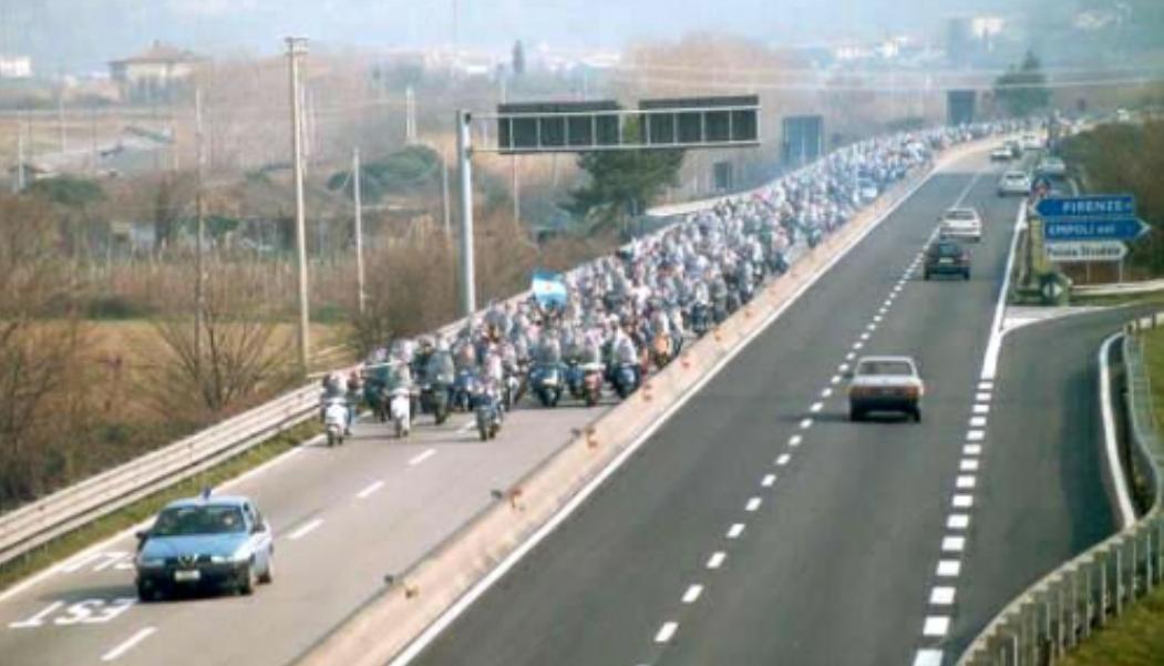 L'invasione in motorino dei tifosi della Fiorentina per andare a Empoli? Un vecchio articolo ci racconta la reale storia di quel viaggio