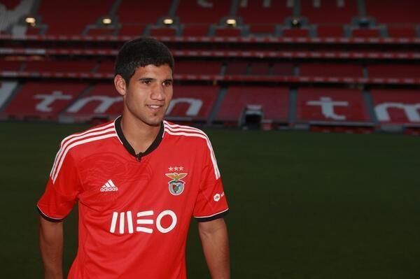 """Ag. L. Lopez: """"Sousa lo voleva a Firenze"""". Ma ora rinnova con il Benfica"""