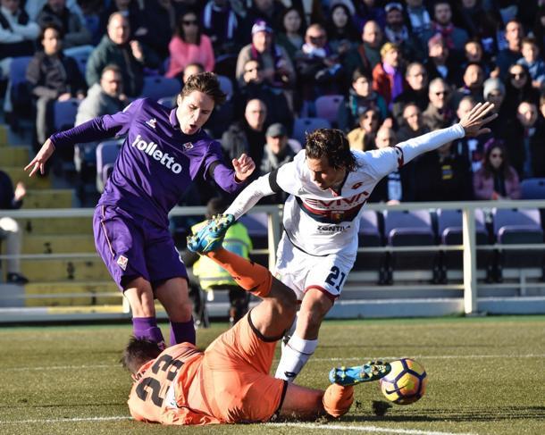 Folle 3-3 al Franchi: la viola si butta via, il Genoa ringrazia
