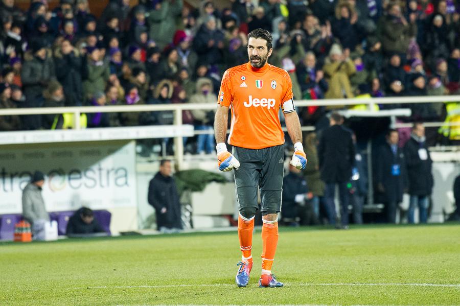 """Buffon: """"Europeo super di Bernardeschi! Lui alla Juve? Un pezzo di Carrara c'è già, magari…"""""""