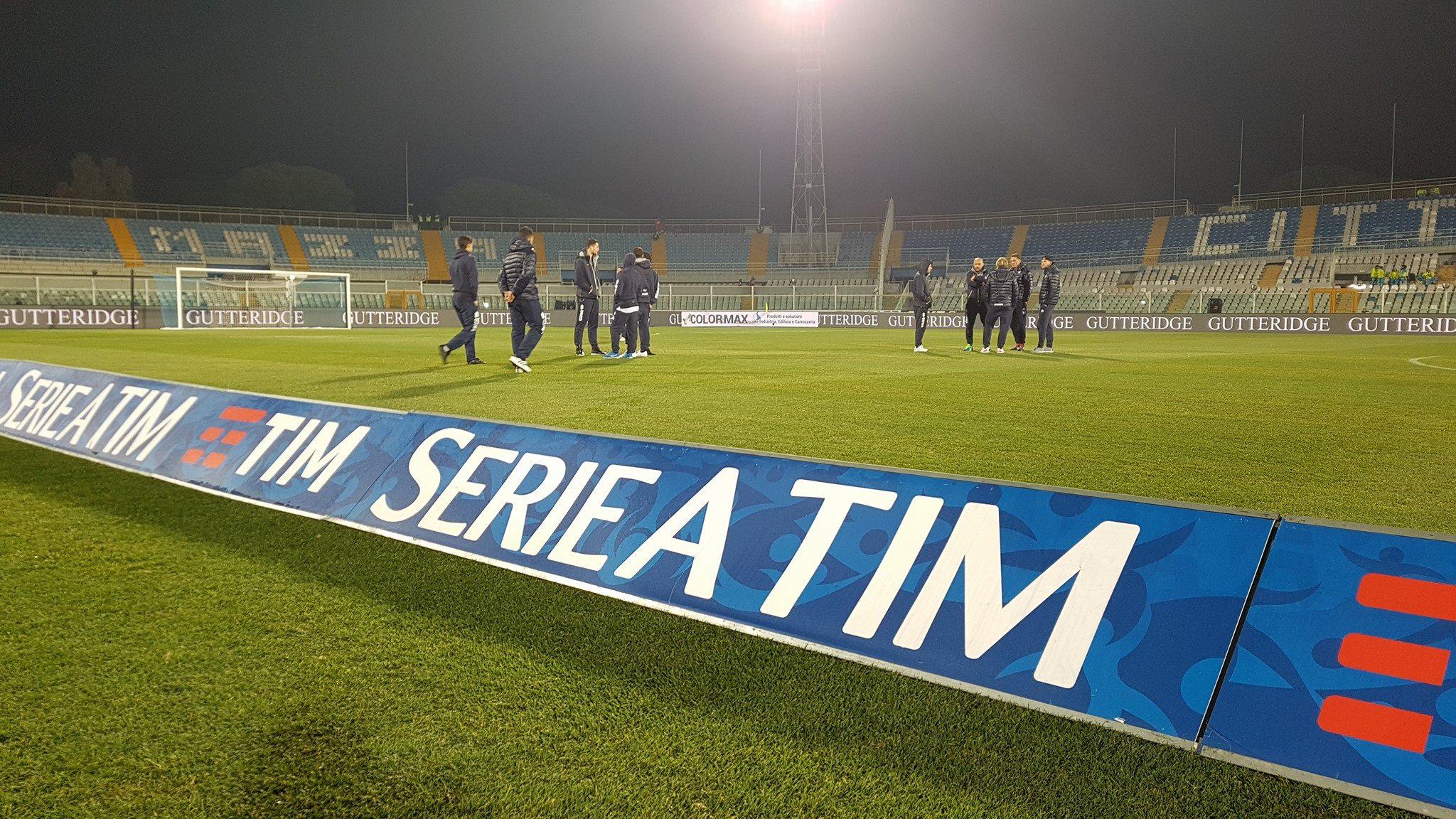 La Fiorentina rimaneggiata fatica a Pescara, dopo i primi 45′ decide Caprari (1-0)
