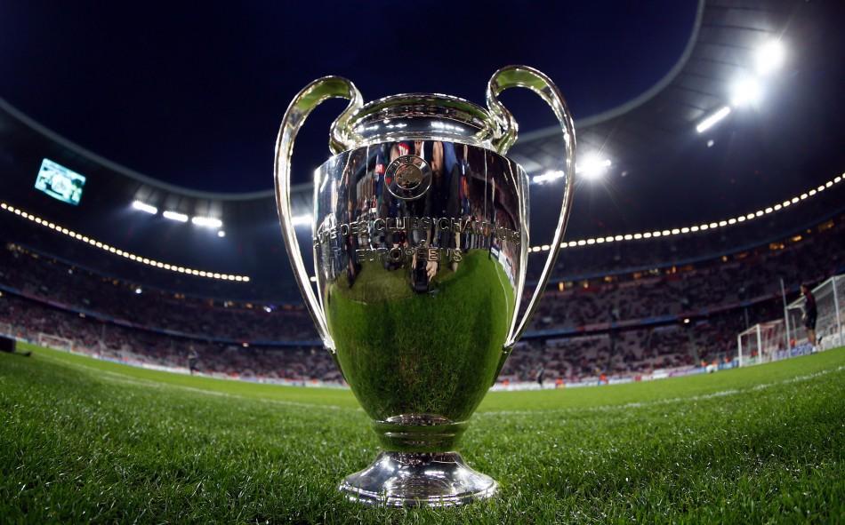 Champions: Napoli ai gironi in scioltezza, passano anche Siviglia e Olympiacos