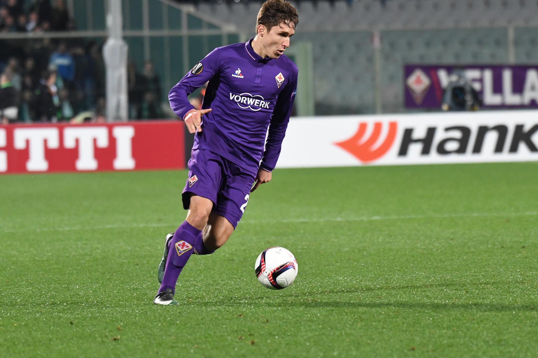 Perla di Chiesa e la Fiorentina si porta in vantaggio. Palacio pareggia subito i conti..