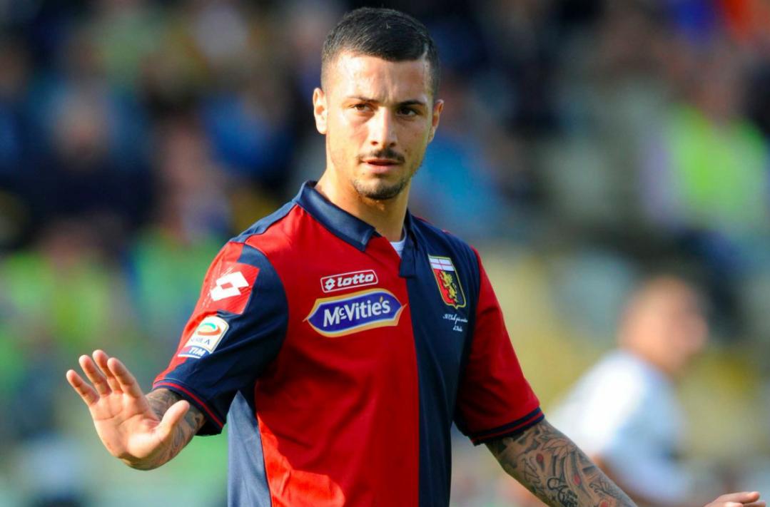Calcio scommesse, Izzo del Genoa squalificato per un anno e mezzo.