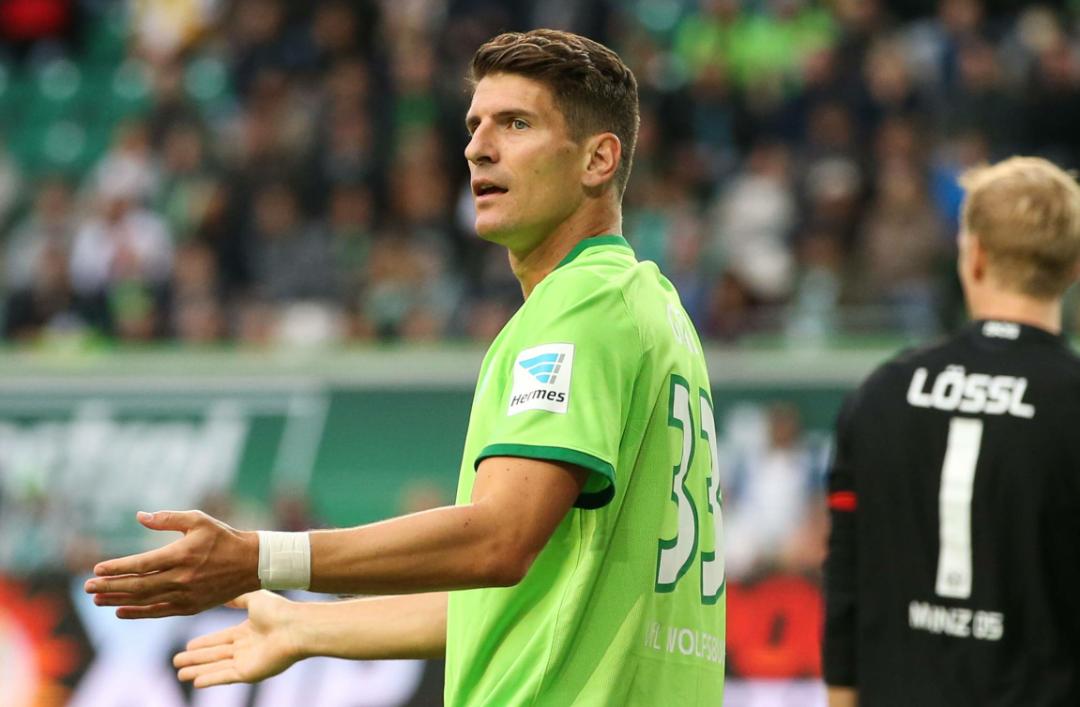 Il Bayern Monaco rivuole Mario Gomez, il centravanti segna con continuità al Wolfsburg