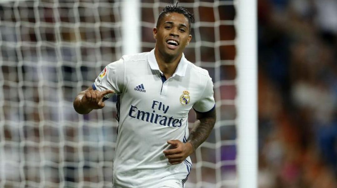 Di Marzio conferma, vanno avanti i colloqui tra Real e Fiorentina per Mariano Diaz