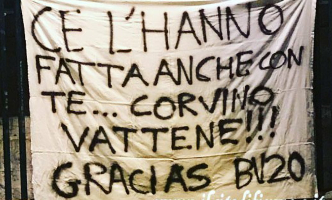 """""""Ce l'hanno fatta anche con te. Corvino vattene! Gracias Borja Valero"""" esplode la protesta dei tifosi viola"""