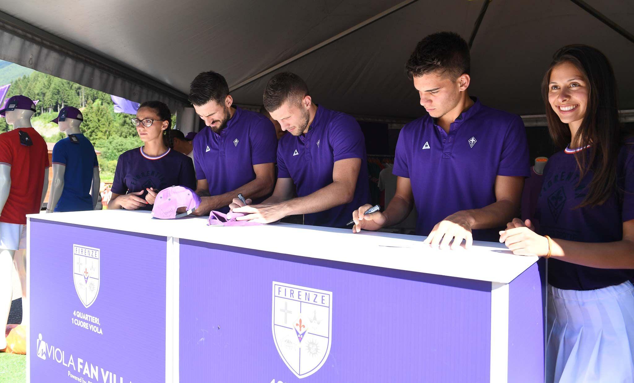 La Nazione fa il punto della situazione sul mercato in entrata e in uscita della Fiorentina. A gennaio…