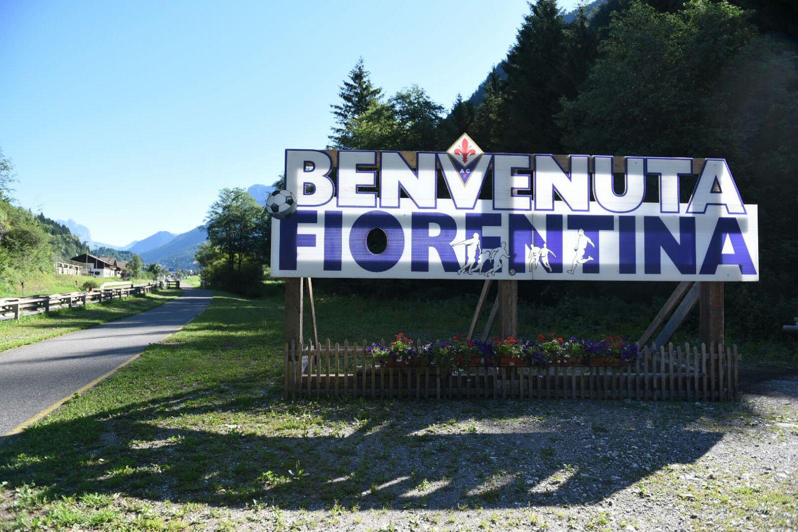 La giornata della Fiorentina nel ritiro di Moena. Musica di sottofondo, gps e fotocellule con sensori