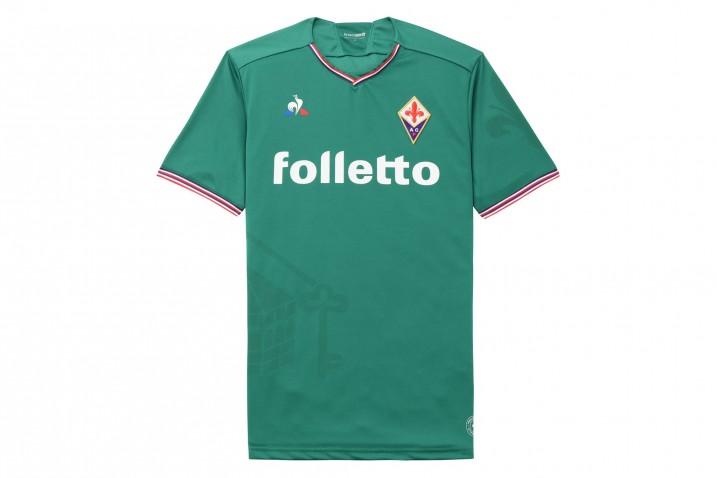 Al Bentegodi Fiorentina in campo con la maglia verde del quartiere di San Giovanni…