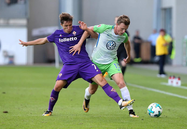 Fiorentina, Corvino avvisa il Milan:
