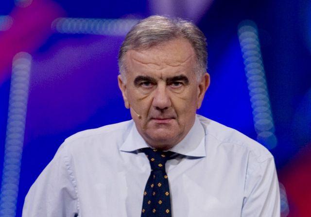 """Gene Gnocchi ironico: """"Tifosi viola pronti a pagare subito la clausola rescissoria di Corvino"""""""