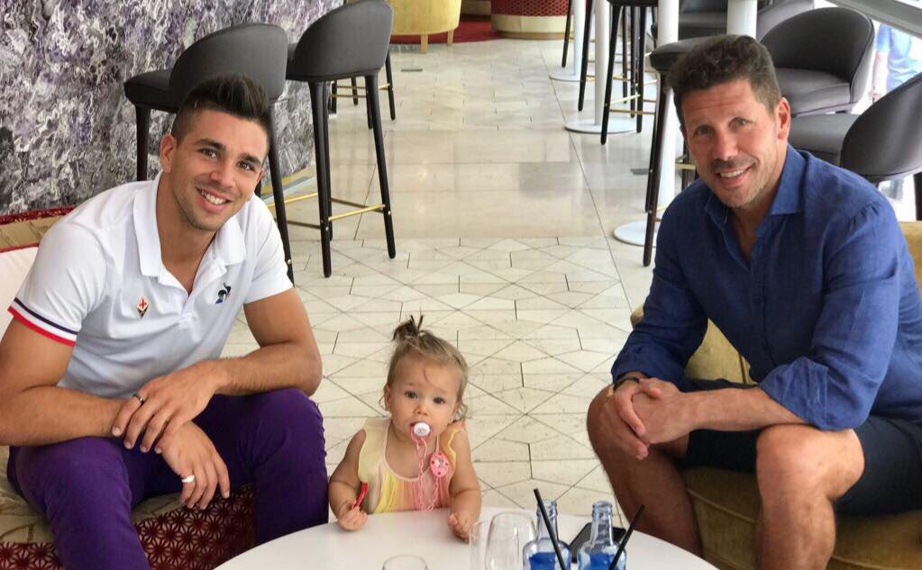 Su Twitter Diego Pablo Simeone celebra l'incontro con suo figlio Giovanni a Madrid