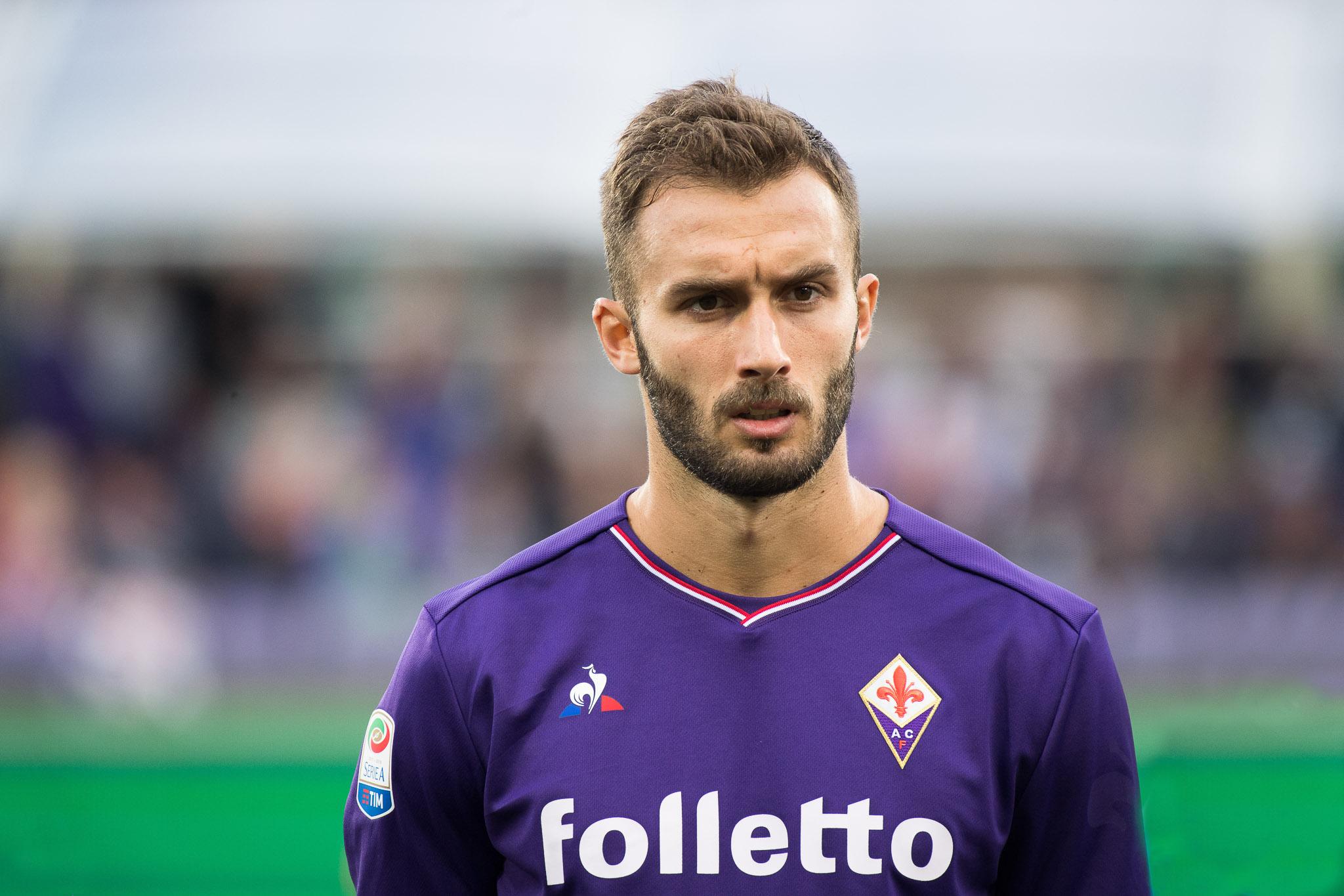 Dalla Spagna: il Valencia ha messo gli occhi su Pezzella, ma la Fiorentina ha una corsia preferenziale