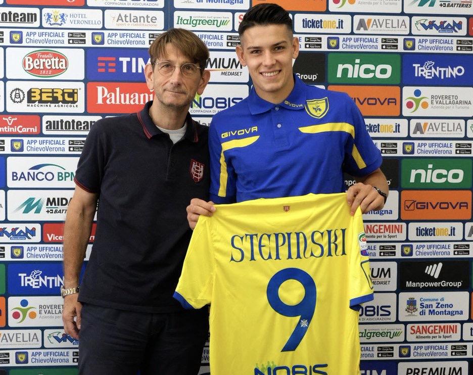 """Stepinski: """"Archiviamo la partita di Cagliari e pensiamo subito alla Fiorentina, vogliamo vincere"""""""