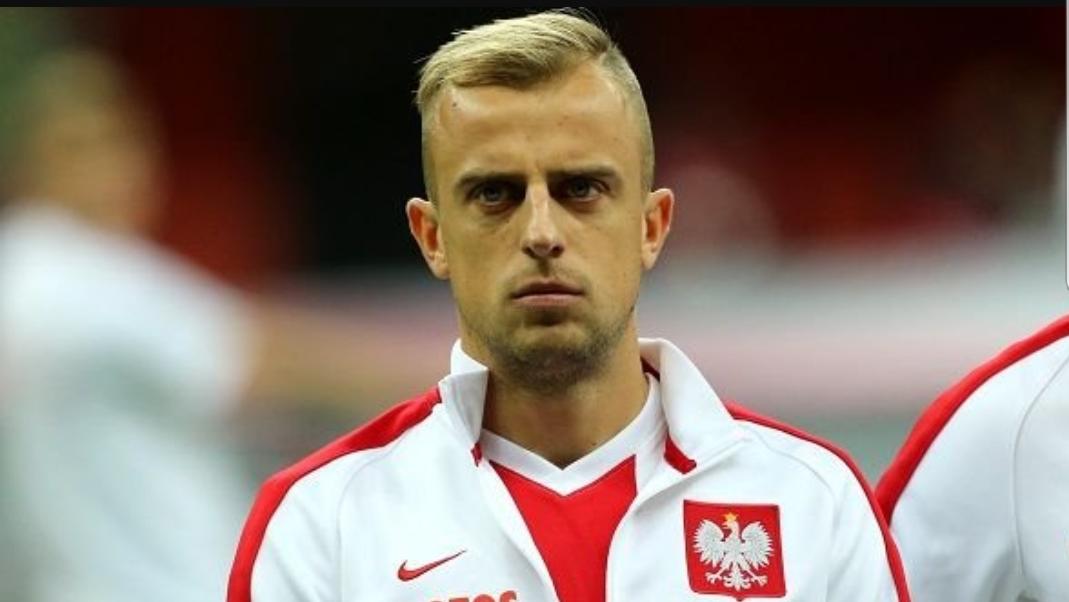 Dal Portogallo, la Fiorentina ha cercato di prendere Kamil Grosicki, centrocampista polacco di 29 anni dell'Hull City