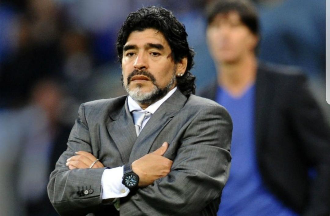 Maradona difende Higuain: