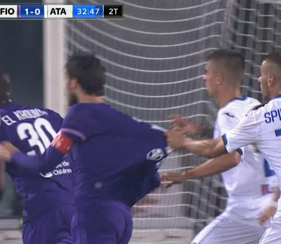 Rizzoli punisce Pairetto e collaboratore. Impossibile non vedere i rigori per la Fiorentina