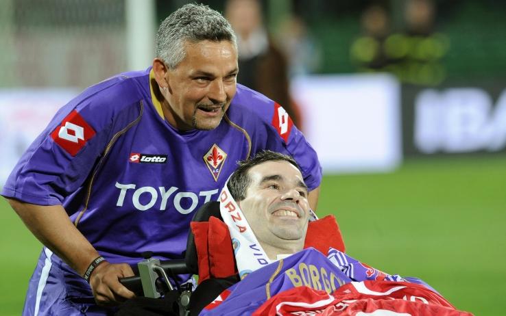 """Baggio: """"A Firenze ho lasciato un pezzo di cuore. Naturale raccogliere quella sciarpa. Tifosi viola perfetti"""""""