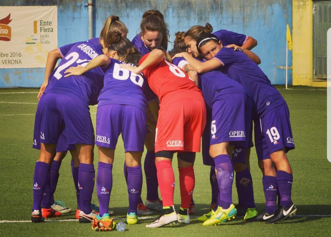 Raddoppio viola! Mauro segna di testa il 2-0, la Fiorentina Women's avanti contro il Fortuna in Champions League