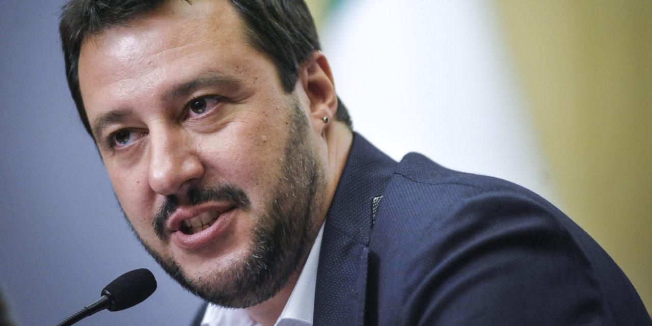"""Salvini: """"Il Milan è una squadra ridicola. Montella? Andrebbe licenziato"""""""