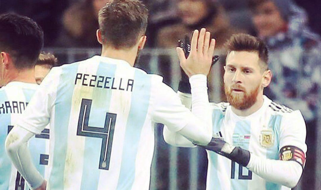 FOTO, esordio vincente per Pezzella da titolare con la maglia dell'Argentina contro la Russia