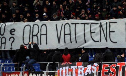 La Curva Sud del Milan dice basta, striscioni contro Donnarumma, tutte le foto della contestazione