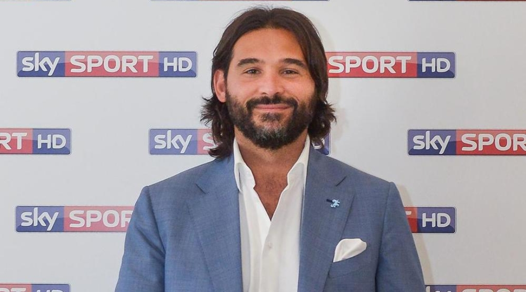 """Lele Adani: """"Federico Chiesa mi piace di più quando gioca con due punte davanti è un calciatore…"""