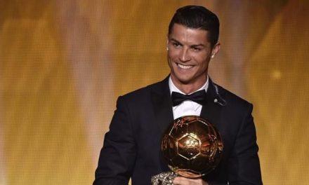 """Cristiano Ronaldo si incorona: """"Sono il miglior giocatore della storia del calcio"""""""