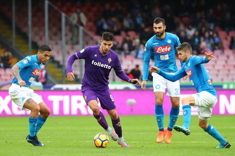 Un punto d'oro a Napoli: la Fiorentina c'è (0-0). Pioli allunga la striscia positiva e adesso…