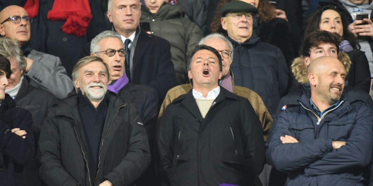 """Renzi su Twitter: """"Appena quell'interista di Delrio è andato via la Fiorentina ha segnato"""""""