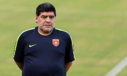 """Maradona contro Montella: """"Una follia prenderlo, è stato cacciato da Milano. Calcio in mano ad imprenditori"""""""